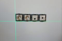 монтаж розеток по лазерному уровню