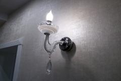 настенный светильник из  прозрачного стекла